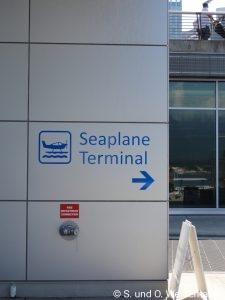 Zum Terminal
