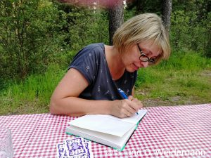 Die Autorin bei der Arbeit