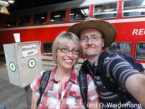 Susanne und Olaf im Hauptbahnhof Hamburg
