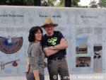 Marina und Olaf vor dem ethnologischen Museum