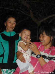 Ein Teil der Familie, die das Madame Hanh betreibt.